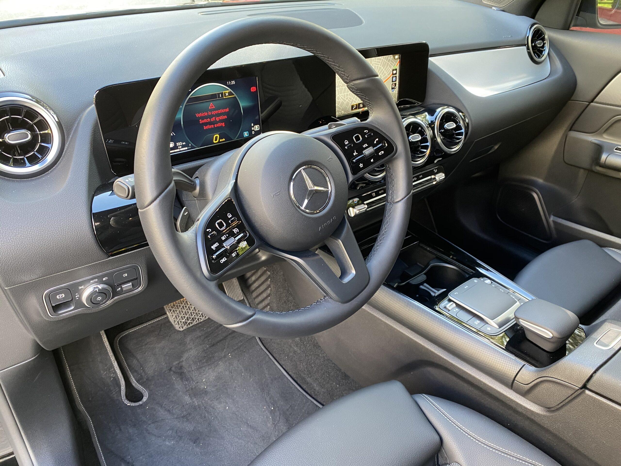 Mercedes-Benz GLA 200 NEW MODEL